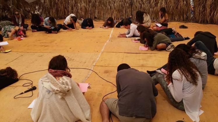 סדנת כתיבה רגשית עם ליאת רוטנר באשראם במדבר